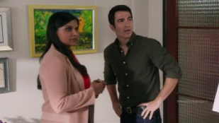 The Mindy Project 03x01 : We're a Couple Now, Haters- Seriesaddict